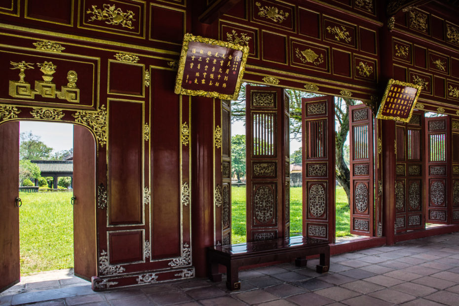 Citadel, Hue, Imperial City, Vietnam, building, corridor, gold, hallway, red